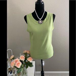 Dressbarn Women's Green Top Blouse Sleeveless Sz M